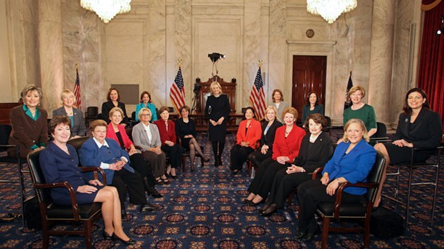 girl_scouts_female_senators_113_senate