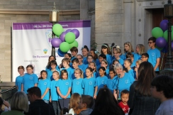The Mariposa Elementary School Chorus performing at the block party.
